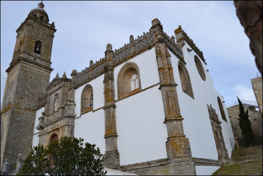 La Iglesia de Santa María la Mayor la Coronada.