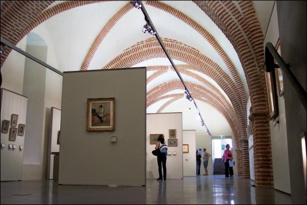 Tarn: Interior del Museo Toulouse-Lautrec de Albi