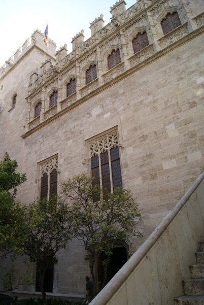 El precioso edificio de la Lonja de la Seda. Valencia