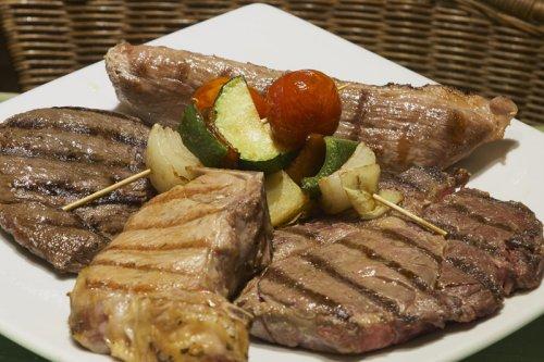 Abrasador Arco Iris, carne a la brasa y naturaleza a tan sólo 15 minutos de Madrid