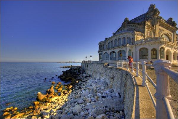 El precioso casino de Constanta, un lujo para los sentidos.