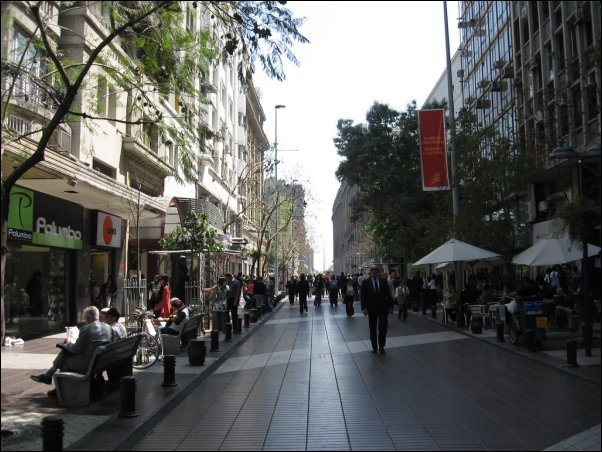 El Paseo Ahumada, lugar para hacer compras o tomar un café