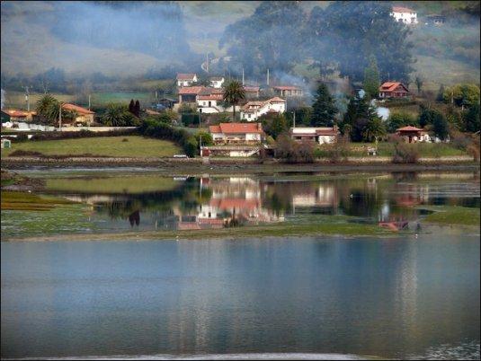 La ría de Villaviciosa es un lugar ideal para contemplar la naturaleza.
