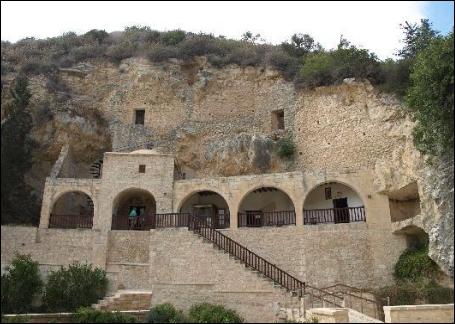 Agios Neopythos