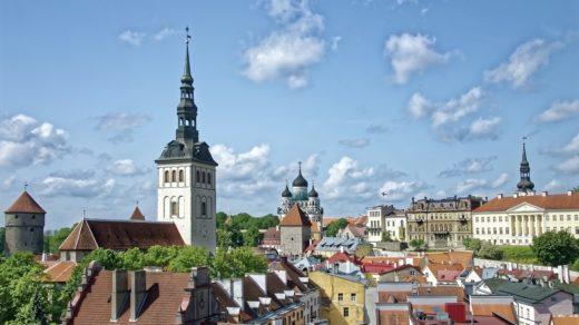 En Tallinn tan solo pasear por las calles de su Ciudad Vieja es una actividad que gustará a todos