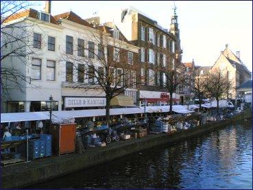 Leiden, entre la universidad y el comercio