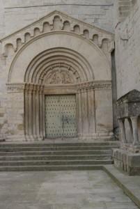 Monasterio de Vallbona - Una de las puertas de la Iglesia
