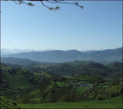 Espectacular entorno de Cabanes, en la Comarca de la sidra