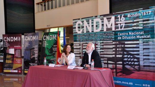 Montserrat Iglesias, Directora General del INAEM junto a Antonio Moral, Director del CNDM