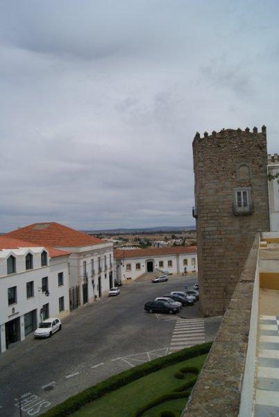 Évora es una ciudad para pasearla