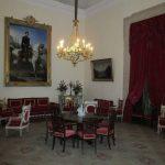 En las estancias destinadas a recibir visitas, las dimensiones son mayores