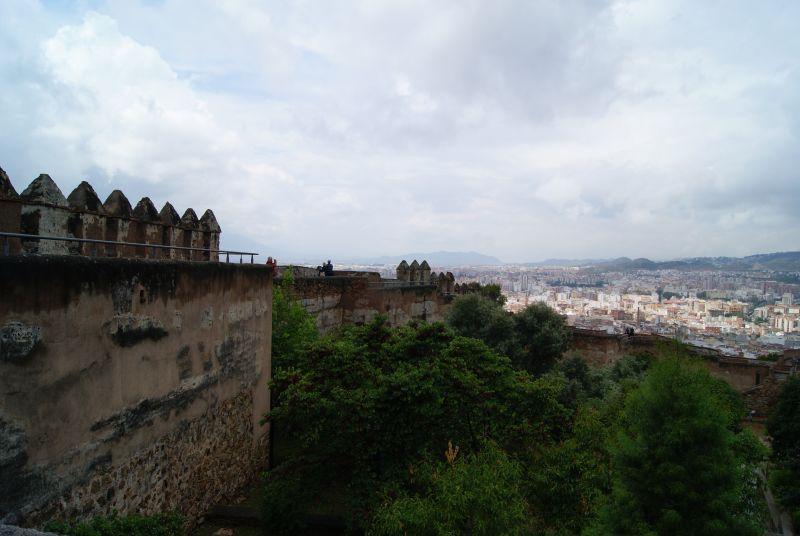 El Castillo destaca por las preciosas vistas de toda la ciudad y el mar así como por su Centro de Interpretación