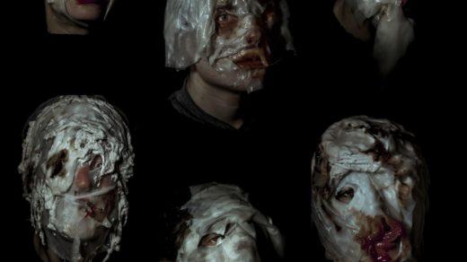 La patética historia de Niño Piña en cinco actos, la sexta obra de la compañía Viviseccionados, se estrenará en la Sala Carme Teatre de Valencia el 7 de febrero