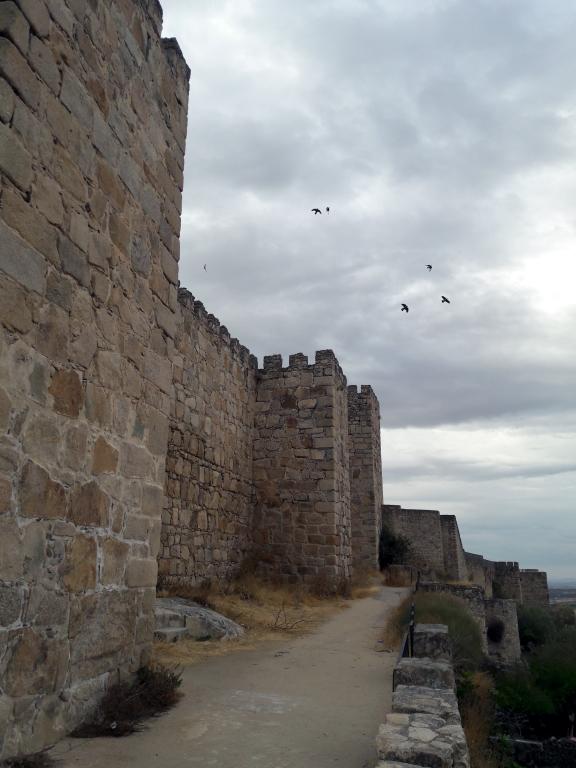 Lateral del Castillo - Trujillo
