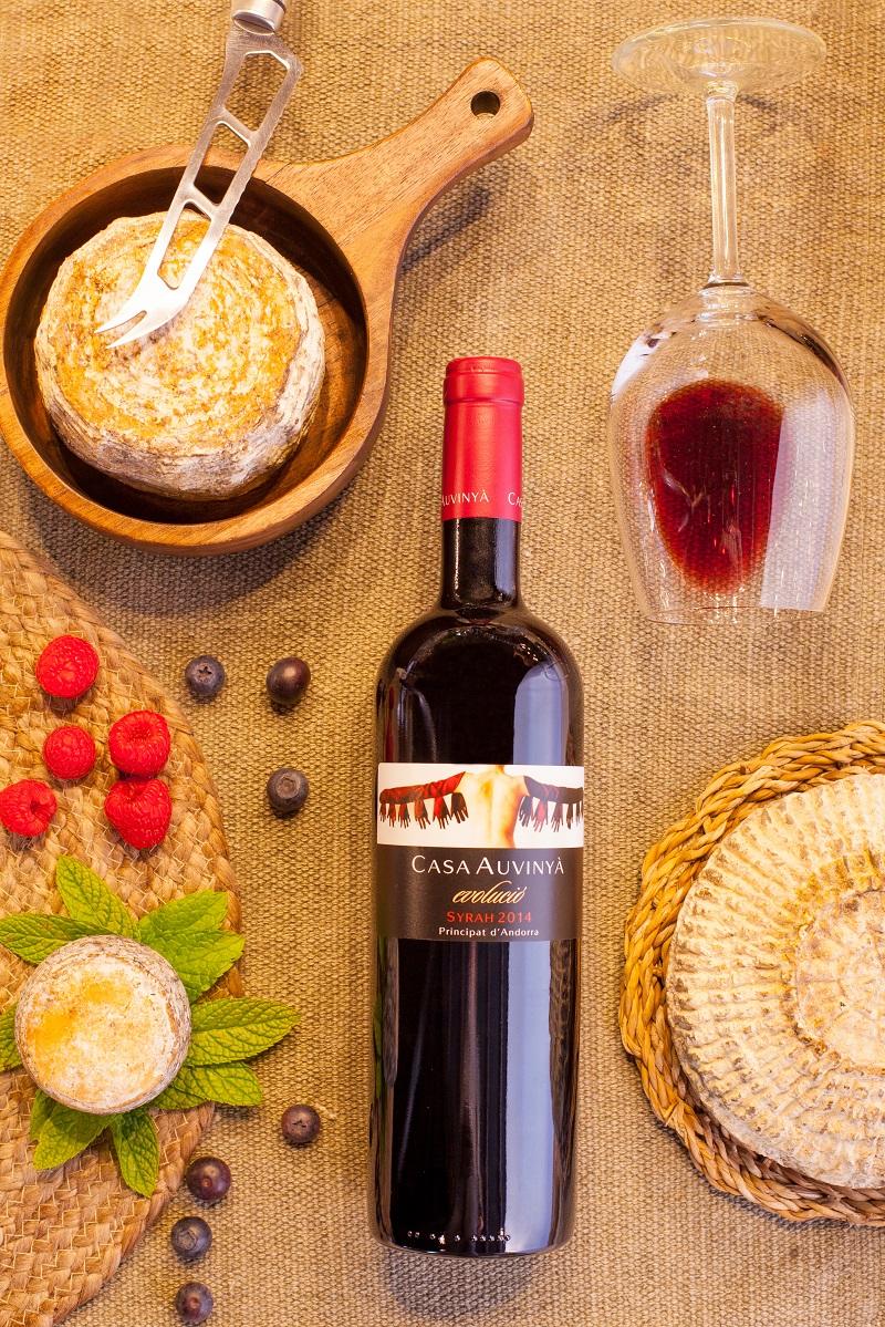 En Andorra podemos encontrar vinos blancos y negros de los diferentes viñedos de las bodegas andorranas