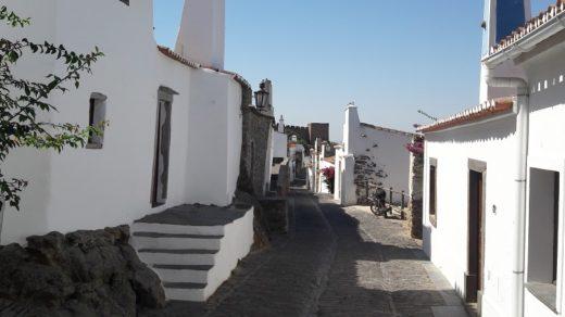 """Monsaraz es una de las """"aldeas monumentales"""" de Portugal"""